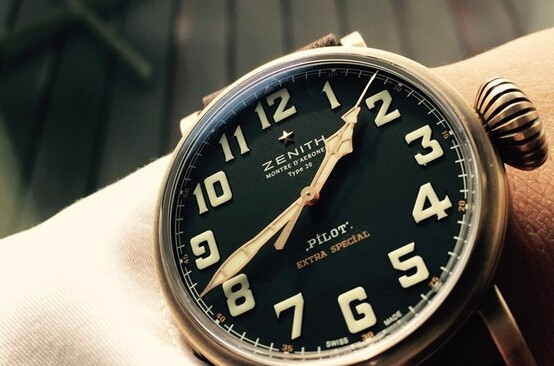 The Zenith Pilot has combined the retro aesthetics with modern art perfectly.