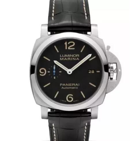 The black dial fake Panerai looks very strong and cool.