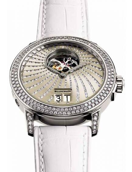 New replication watches sales are brilliant with diamonds.