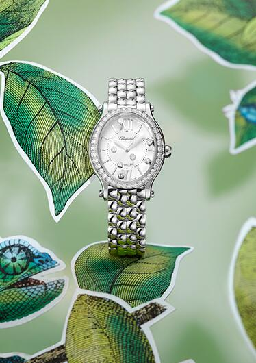 Swiss-made knock-off watches have brilliant diamonds.
